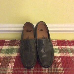 Clark's men black leather shoes size 9 1/2